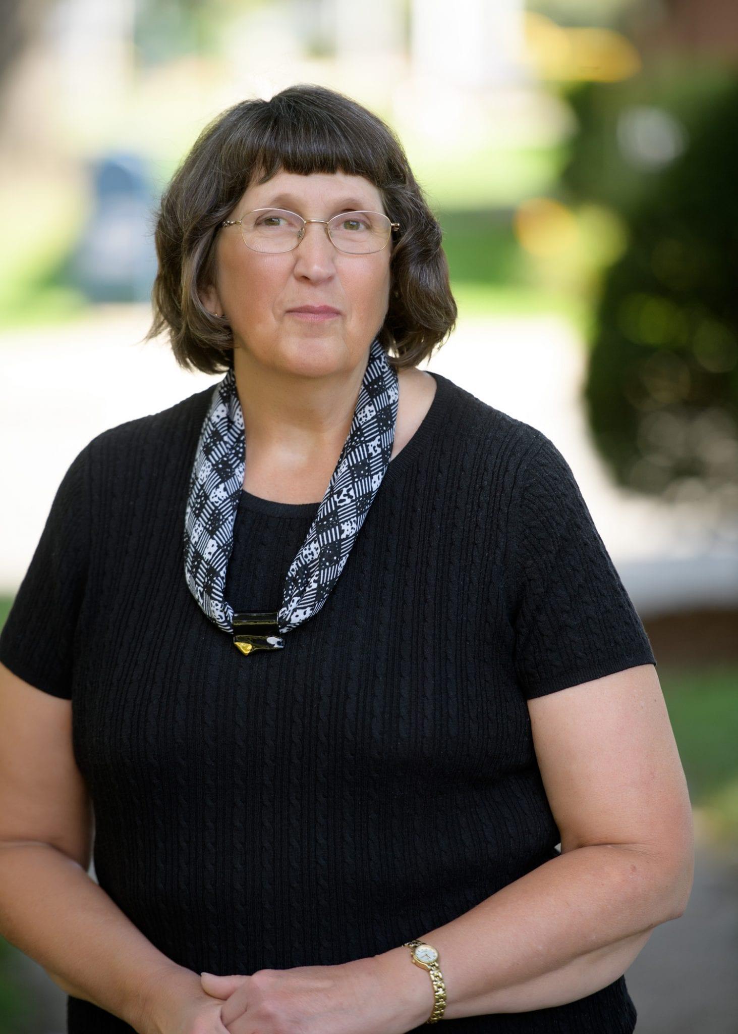 Elaine M Cortis
